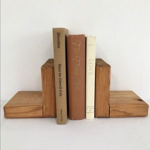 Wooden Bookends Set